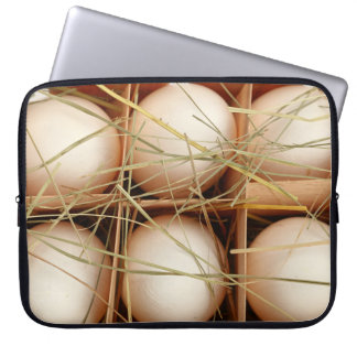 Funy Laptop Sleeve with print of fresh eggs
