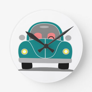 Fusca love round clock