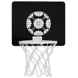 Fusen-style chrysanthemum blossom mini basketball hoop