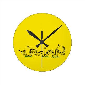 Gadsden Trodden Round Clock