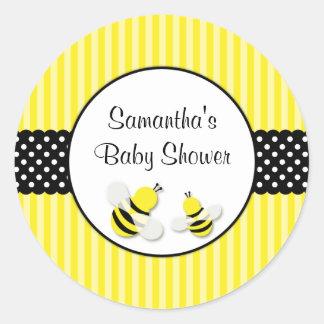 Gaffez le baby shower de pois barré par abeille sticker rond