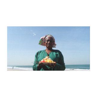 GAMBIAN FRUIT SALAD SELLER CANVAS PRINT