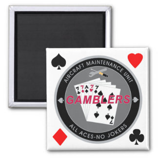 Gambler Magnet Coin Black with Suits