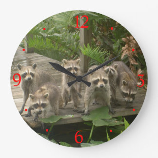Gang of Raccoons> Animal Wall Clocks