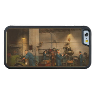Garage - Mechanic - The overhaul 1919 Carved Maple iPhone 6 Bumper Case