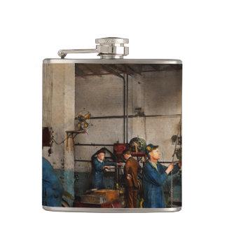 Garage - Mechanic - The overhaul 1919 Hip Flask