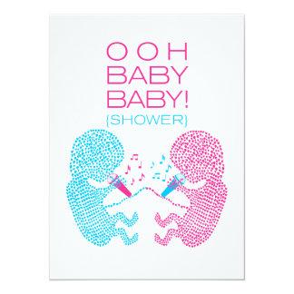 Garçon et fille d'invitation de baby shower de