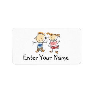 Garçon et fille étiquettes d'adresse