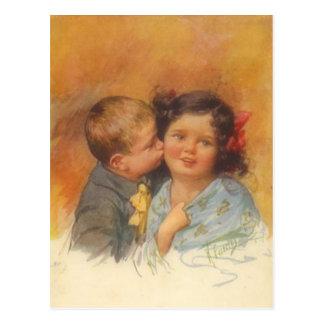 Garçon mignon vintage volant un baiser sur la joue cartes postales