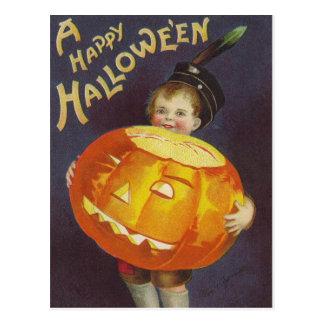 Garçon vintage de Halloween et carte postale de