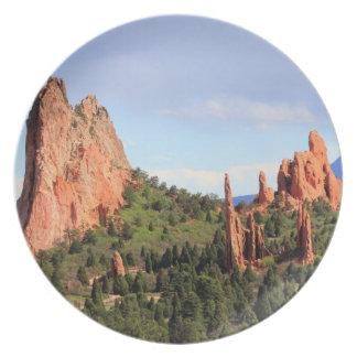 Garden of the Gods Colorado decorative plate