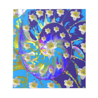 GARDEN  SPIRAL &  DAFFODILS IN BLUES NOTEPAD