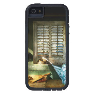 Gardener - The potters shed iPhone 5 Cover