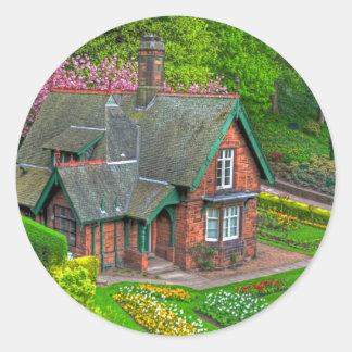 Gardener's cottage classic round sticker