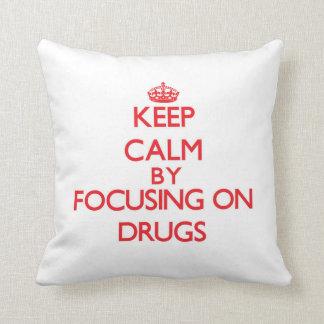 Gardez le calme en se concentrant sur des drogues oreiller