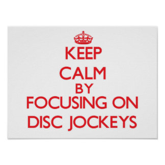 Gardez le calme en se concentrant sur des jockeys