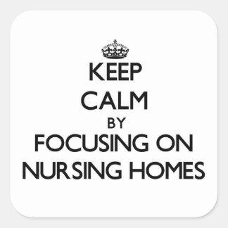 Gardez le calme en se concentrant sur des maisons sticker carré