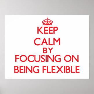 Gardez le calme en se concentrant sur être affiches