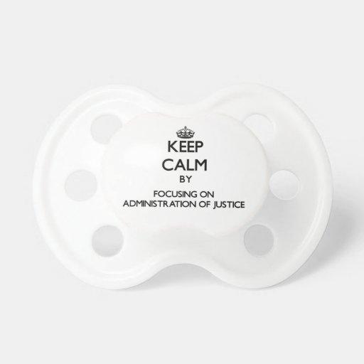 Gardez le calme en se concentrant sur tétines pour bébé