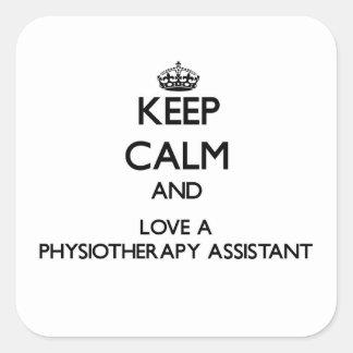 Gardez le calme et aimez un assistant de sticker carré