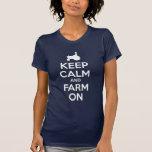 Gardez le calme et cultivez dessus t-shirts