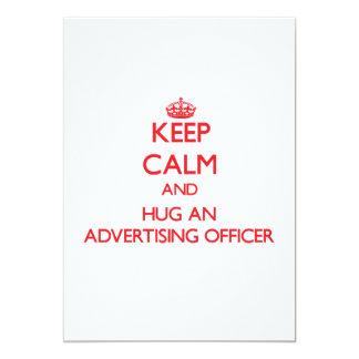 Gardez le calme et étreignez un dirigeant de la carton d'invitation  12,7 cm x 17,78 cm