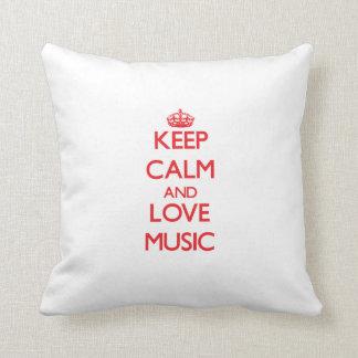Gardez le calme et la musique d'amour oreiller