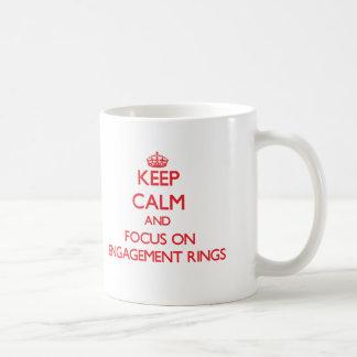 Gardez le calme et le foyer sur des BAGUES DE FIAN Tasses À Café