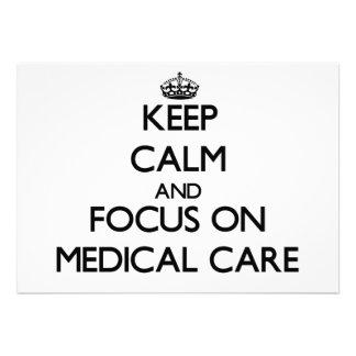 Gardez le calme et le foyer sur des soins médicaux invitations