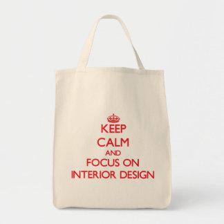 Gardez le calme et le foyer sur le design d'intéri sac en toile