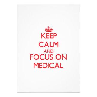 Gardez le calme et le foyer sur médical invitations personnalisées