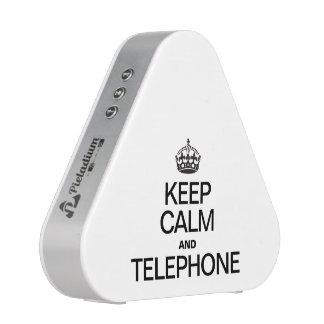 GARDEZ LE CALME ET LE TÉLÉPHONE HAUT-PARLEUR BLUETOOTH