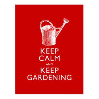 Gardez le calme et maintenez le jardinier de carte postale