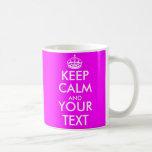 Gardez le calme et votre couleur rose au néon chau tasse à café