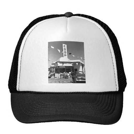 Gas Station and Cars Vintage Minneapolis Minnesota Mesh Hat