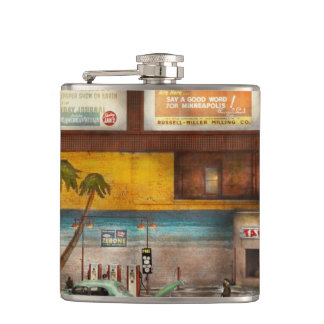 Gas Station - Dreaming of summer 1937 Flasks