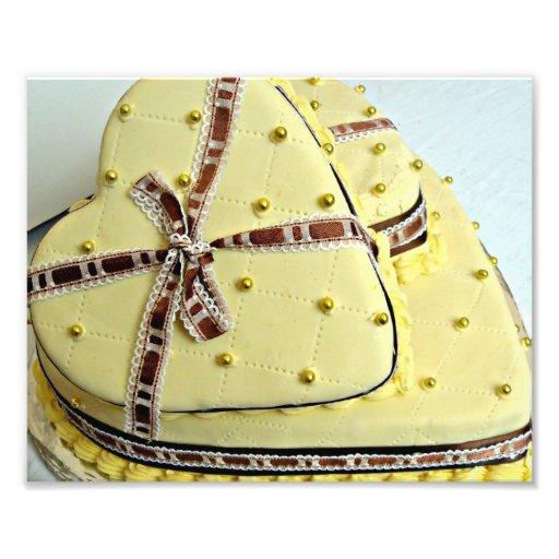 Gâteau de mariage en forme de coeur crème avec lé photo d'art ...