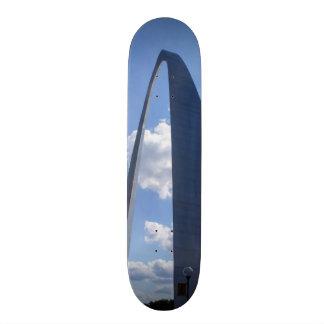 Gateway Arch Skateboard