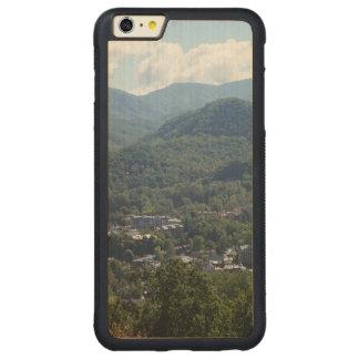 Gatlinburg Carved® Maple iPhone 6 Plus Bumper Case