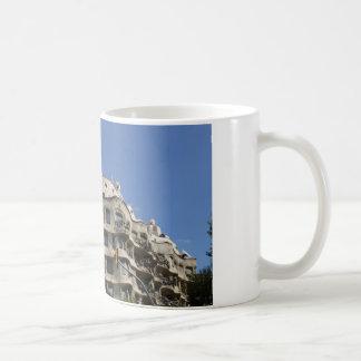 gaudi 2 coffee mug