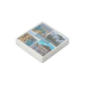 GB  England - Cornwall - Saint Ives - Stone Magnets