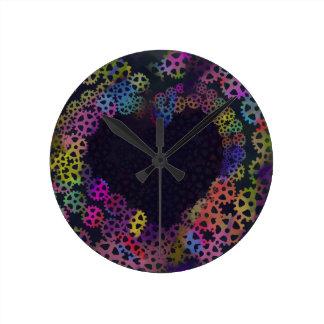 Gear love round clock