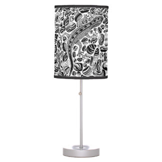 Gecko and pebbles table lamp