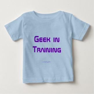 Geek dans la formation t-shirt pour bébé