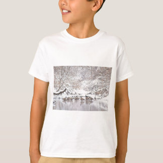 Geese in Snow T-Shirt