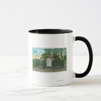 Gen Benedict Arnold's Left Leg Monument Mug