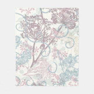 Gentle design with field plants fleece blanket