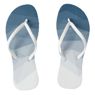 Gentle transition to the sea flip flops