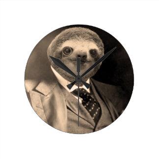 Gentleman Sloth 7# Round Clock