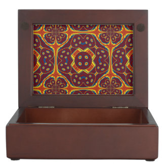 Geometric pattern keepsake box
